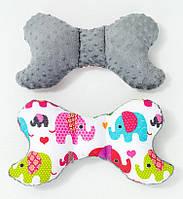 Подушка – позиционер детская BabySoon Розовые слоники 32 х 24 см цвет серый (334)