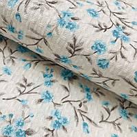 Ткань скатертная жаккардовая с голубыми цветочками на молочном фоне, ширина 150 см, фото 1