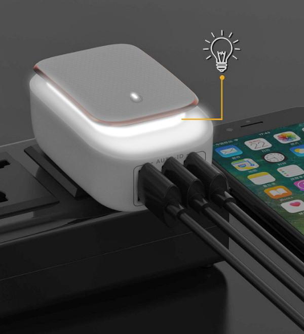 Сетевое зарядное устройство Topk на 3*USB с подсветкой. Зарядка Topk C3305 для гаджетов на 3 USB порта