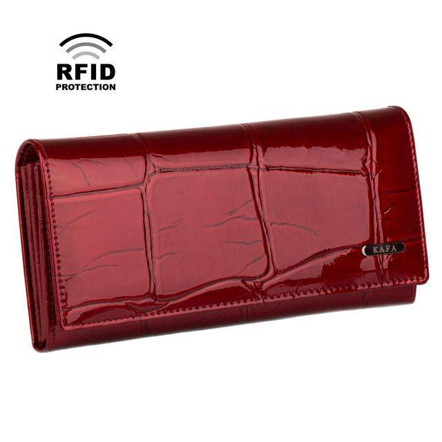 лаковый красный кошелек