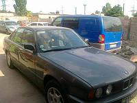 Автостекло на BMW 5 (Е34)