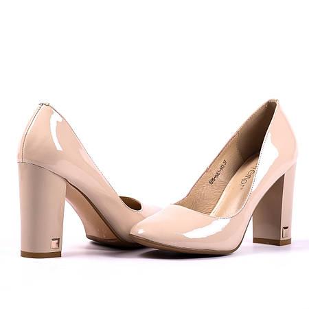 Лакированные туфли на удобном каблуке