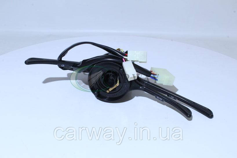 Переключатель подрулевой (тубус) ВАЗ 2103 2106 ближний+дальний 21011-3709310-30