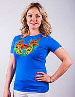 Стильная вышитая женская футболка