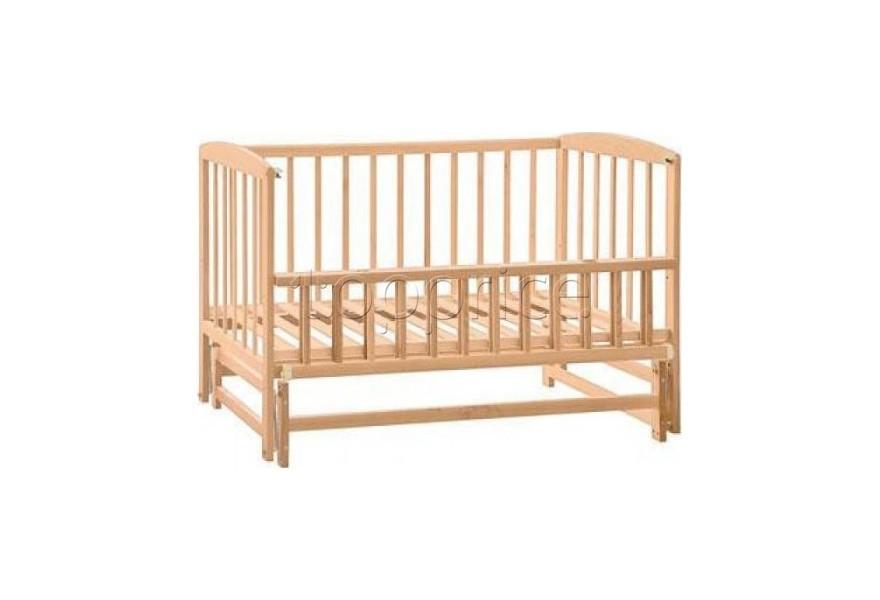 Детская кроватка маятник лакированная