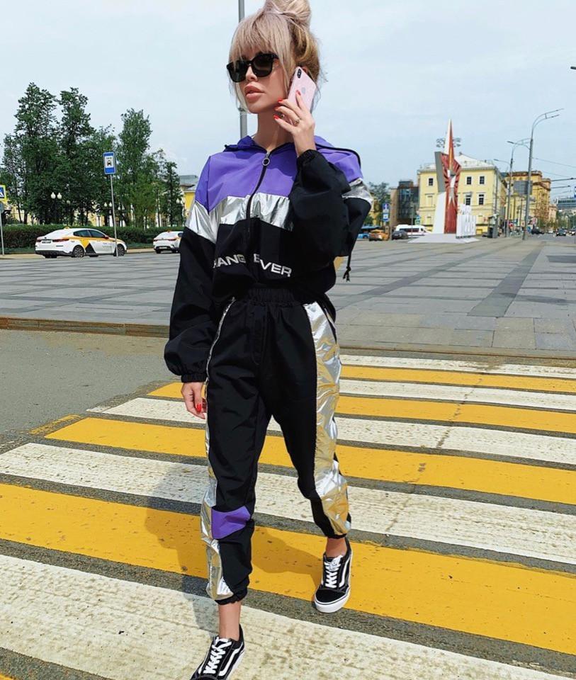 Женский плащевый спорт костюм с неоновыми вставками 7105684