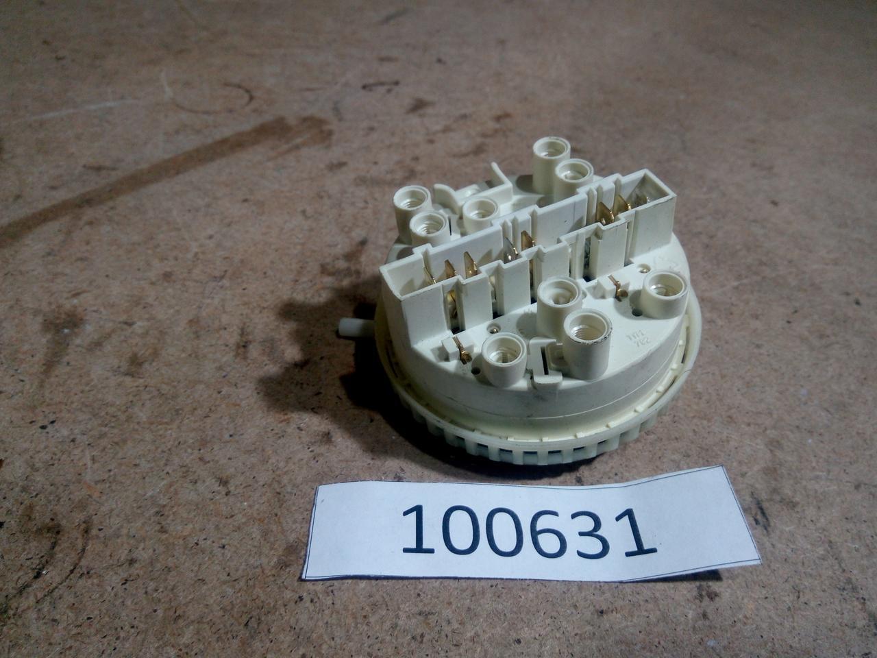 Датчик рівня води Zanussi ZWT385. 146152232 Б/У