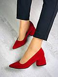 Элегантные красные замшевые туфли на каблуке, фото 5
