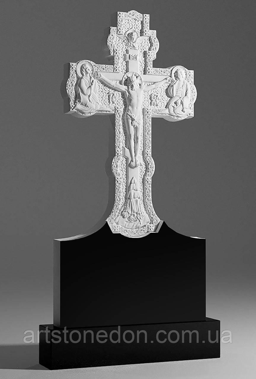 Крест из гранита Распятие