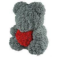 Подарочный Мишка из розочек с сердцем, серый с красным сердцем