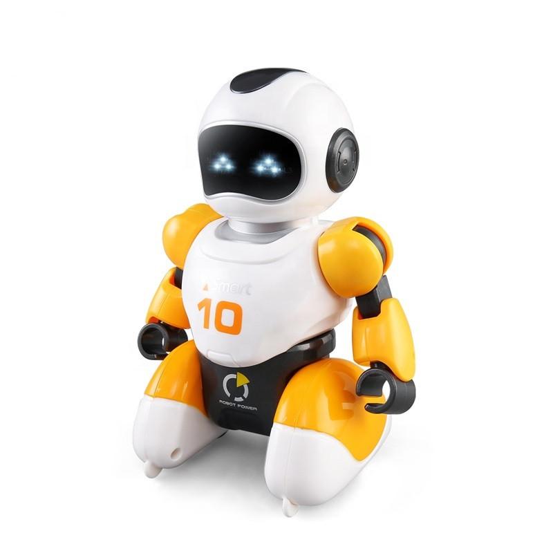 Робот футболист с пультом управления оранжевый