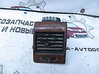 Дефлектор воздушный воздуходув левый Mercedes Vito 638 (1996-2003) OE:A6388310660