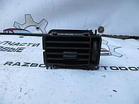 Дефлектор воздушный воздуходув левый Mercedes Sprinter (1995-2000) OE:9018310030