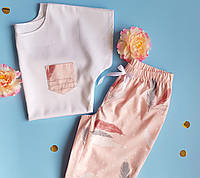 Пижама женская хлопковая перья на розовом (футболка + штаны)