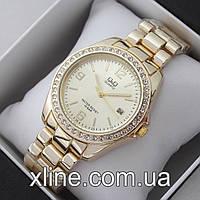 Женские наручные часы Q&Q B129-1 на металлическом браслете