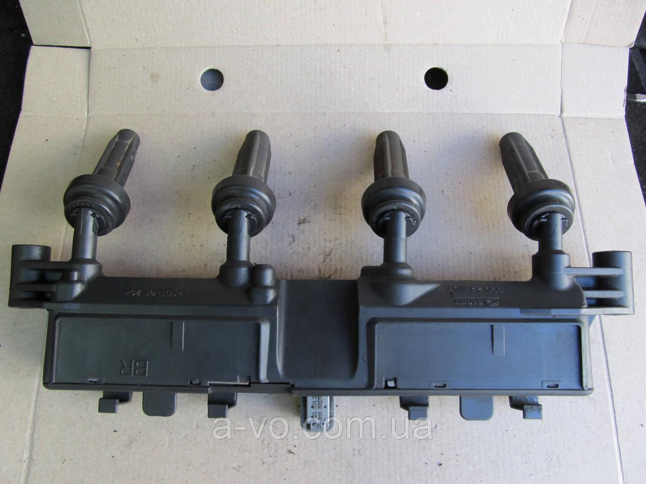 Катушка зажигания Citroen C2 C3 Berlingo Saxo Peugeot 206 Pertner 306 1007 1.1 1.4 1.6 9635864880, 2526208A