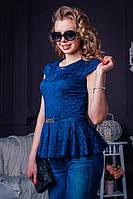 Модна жіноча блуза з баскою