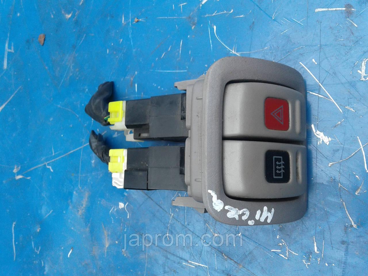 Кнопка аварийки Nissan Micra K11 1992-2002г.в.