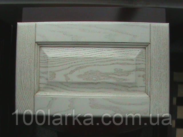 Мебельнные фасады из массива дерева (беленый ясень, патина) кухонные фасады