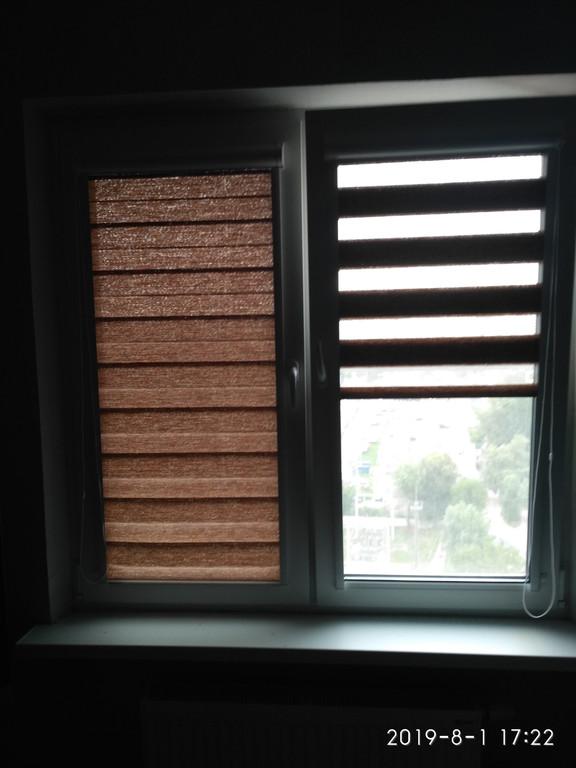 Рулонная штора День Ночь  в коробовой закрытой системе  ткань ВН