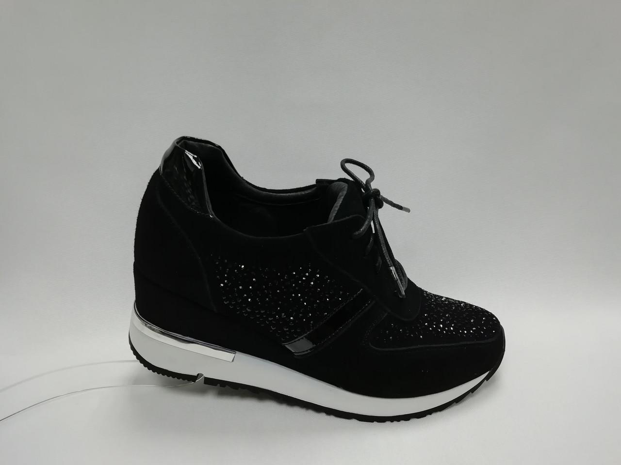 Замшеві туфлі на танкетці. Снікерси. Маленькі розміри ( 33 - 35 ).