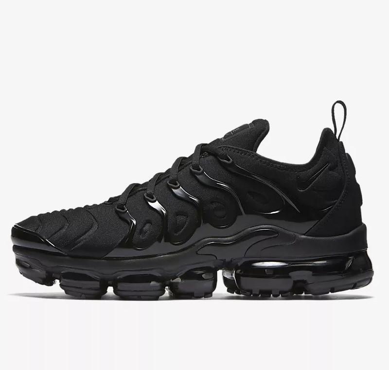 Мужские Кроссовки Nike Air VaporMax Plus Чёрные Найк (размеры: 41,42,44,45,46)
