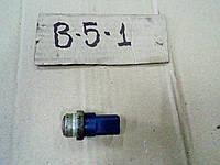 Датчик температуры охлаждающей жидкости радиатор Volkswagen Passat B5 1.8 AWT 2001