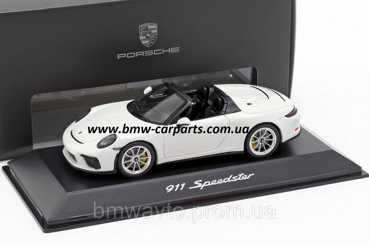 Модель автомобиля 911 Speedster (поколение 991), фото 2