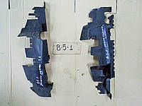 Дефлектор радиатора системы охлаждения левый Volkswagen Passat B5 1.8 AWT 2001г. 3B0 121 283 D, 3B0121282D