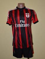 Футбольная форма команды Милан