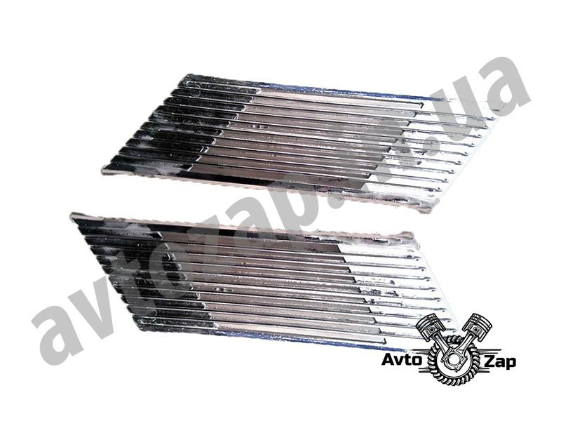 Решетка вентиляционная 2105 задней стойки хром (2 ч.)\накладка