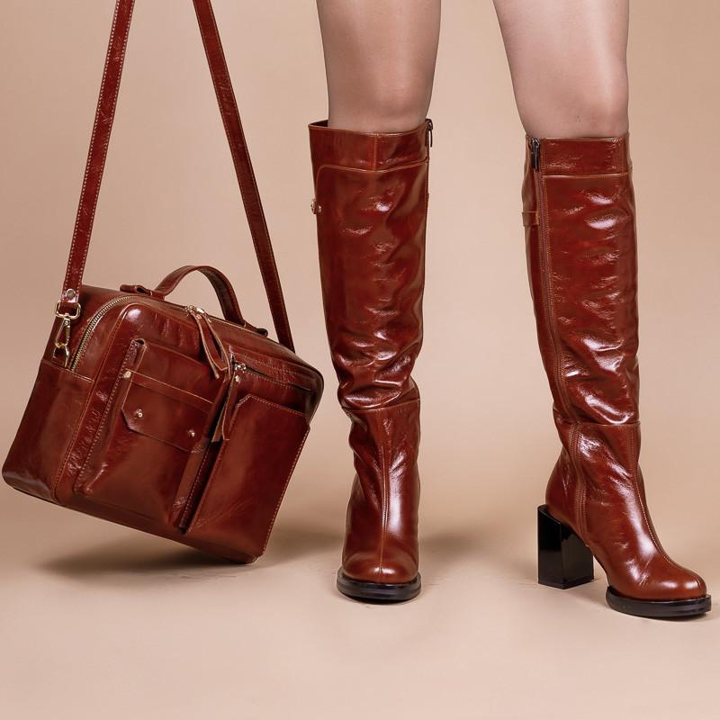 Рыжая женская сумка, выполнена из натуральной кожи премиум класса. Ручка + плечевой ремень