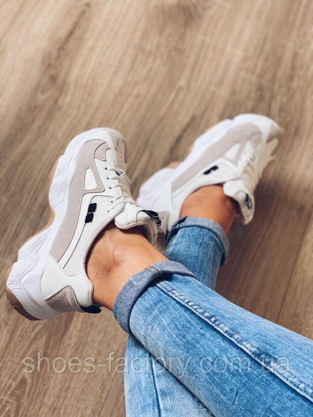 белые кроссовки высокие