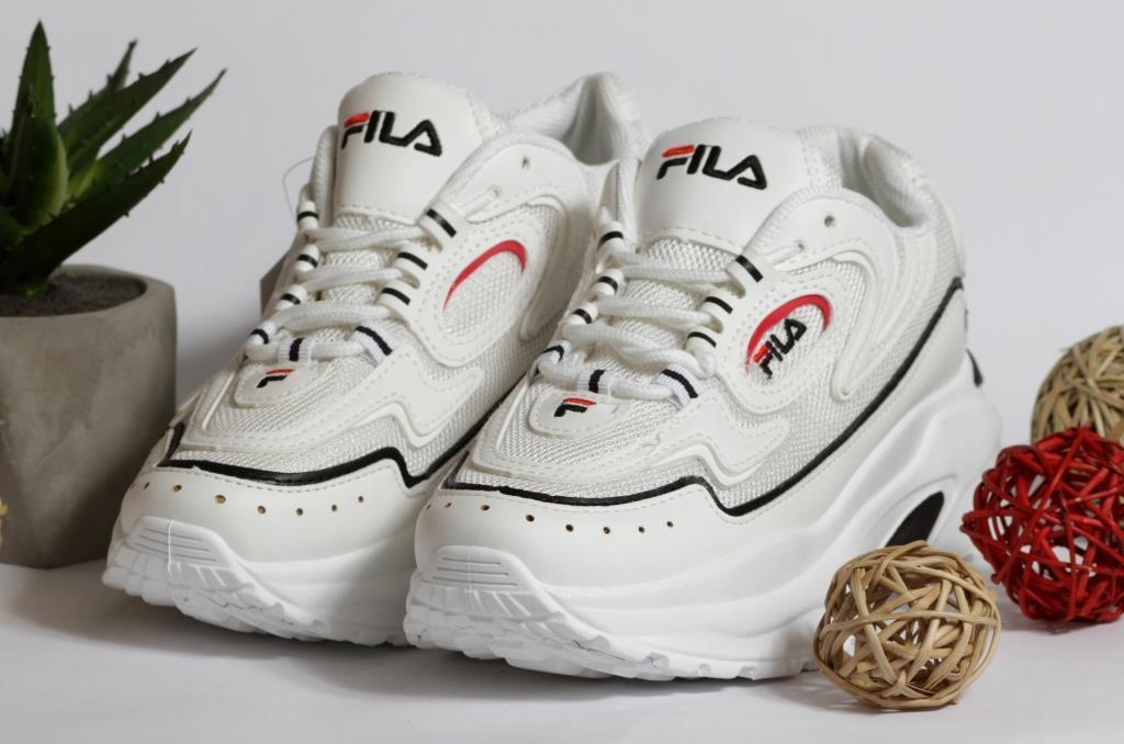 0350 Кроссовки Fila белые на высокой подошве