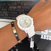 Женские часы Alberto Kavalli  ремешок - мягкий каучук, высокое качество