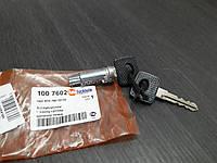Личинка дверного замка AUTOTECHTEILE 100 7602 MERCEDES MB, VOLKSWAGEN LT