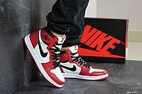Мужские кроссовки Nike Air Jordan 1 Retro High OG (бело-красные)