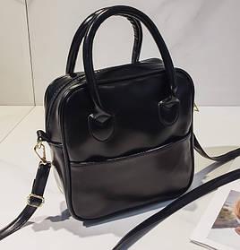 Модная глянцевая сумка с ручками для стильных девушек