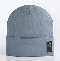 Демисезонная вязаная шапка Бест серого цвета