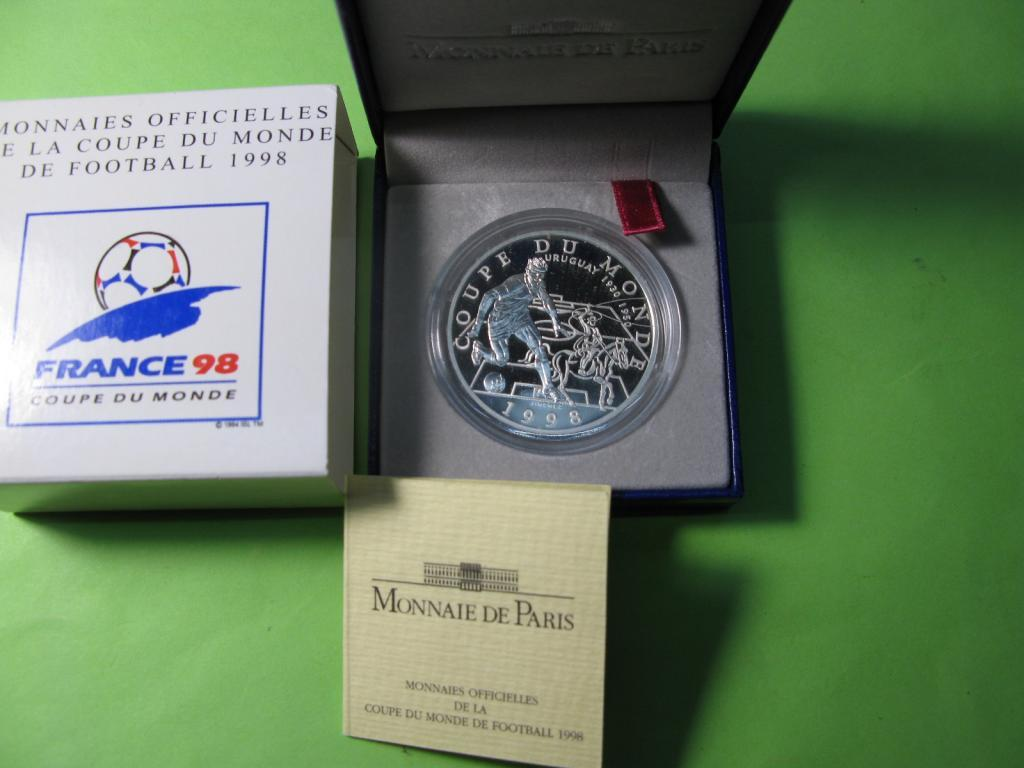 Франция 10 франков 1998 г. Чемпионат мира по футболу .