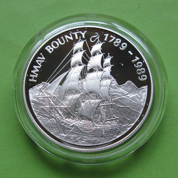 О-в Питкэрн 1 доллар 1989 г. Парусник /корабль . Серебро 28,28 гр.
