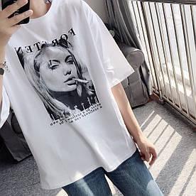 Стильная футболка с принтом 46-48 (в расцветках)