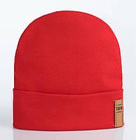 Удлиненная шапка с отворотом Джони красного цвета