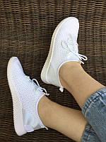 Жіночі білі кросівки текстиль сітка сліпони мокасини легкі літні дихаючі перфорація на шнурках