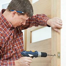 Монтаж, ремонт и изготовление дверей