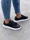 Стильные женские кроссовки Alexander McQueen (Александр Маквин) Black/White, фото 8