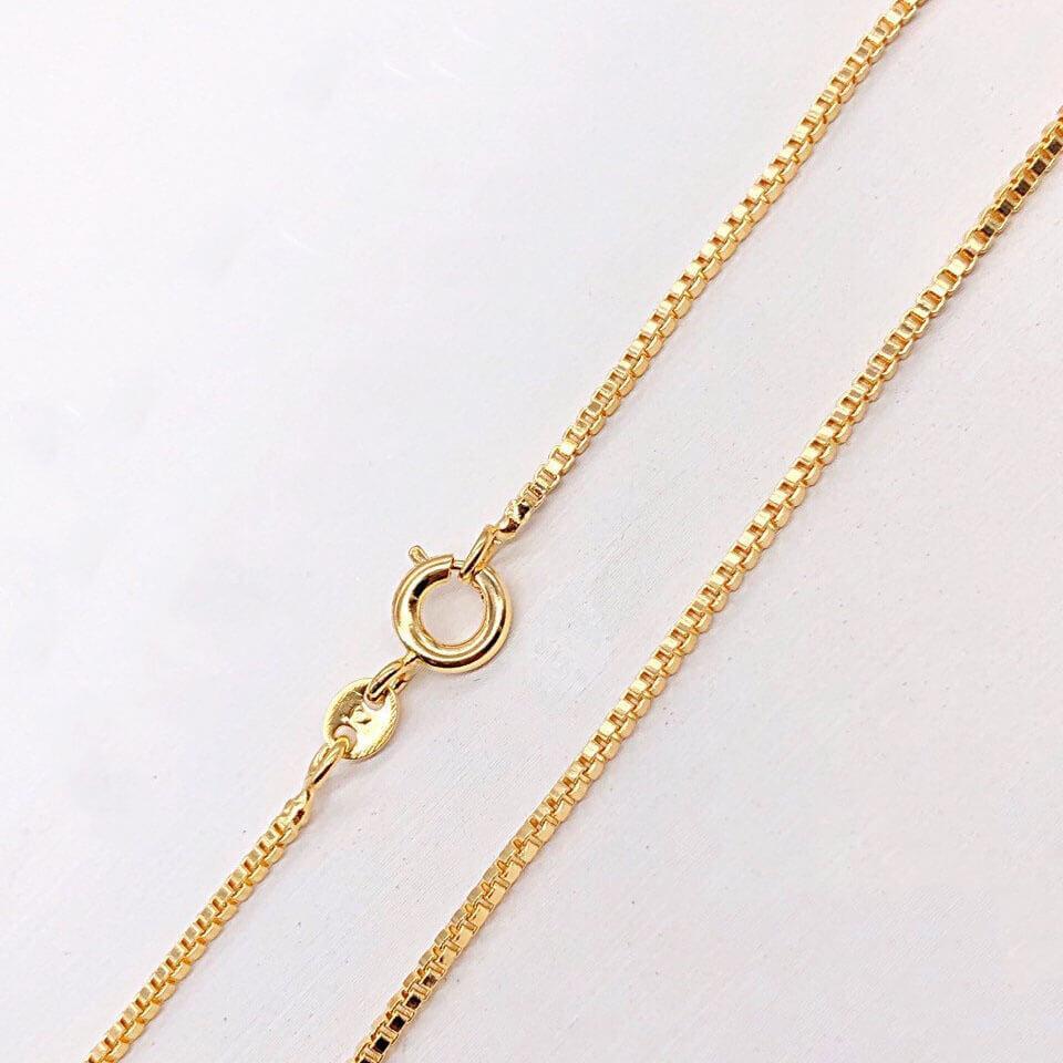 Цепочка Xuping Jewelry 50 см х 1 мм Венецианское плетение медицинское золото позолота 18К А/В 3-0077