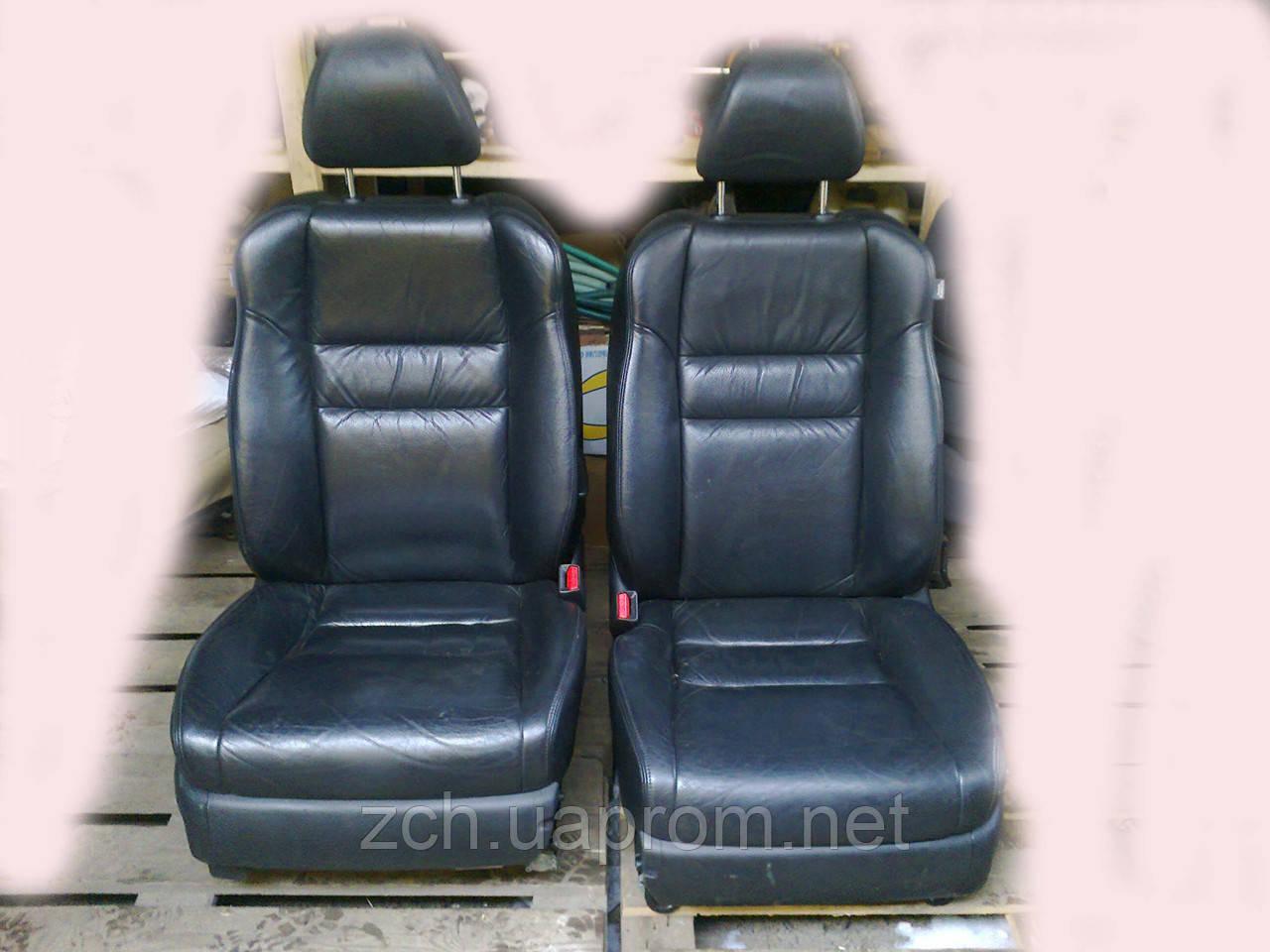 Салоны кожаные и велюр Honda Accord