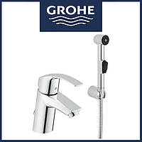 Смеситель для раковины  Grohe Eurosmart New с цепочкой и гигиеническим душем (23124002)
