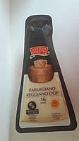 Сыр Parmigiano Reggiano Dop 16 месяцев 300 г Италия